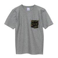 目玉Champion(チャンピオン) リバースウィーブポケット付きTシャツ (カラー【077】グレー×グリーン)