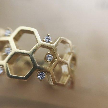 蜂の巣クリスタルRING