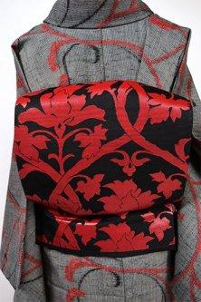 黒と赤のトレリスアラベスク美しい名古屋帯