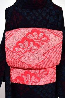 赤と白の本絞り松皮菱に梅と松文様美しい大正浪漫名古屋帯