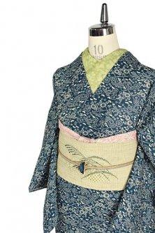 濃藍地に笹格子と梅や菊花の染模様美しい夏小紋風サマーウール単着物