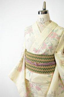 クリームイエローに花柘榴のような植物模様美しいサマーウール単着物