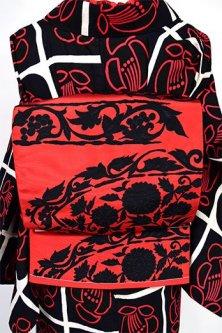 赤黒バイカラー花や葡萄の西洋アラベスク美しい博多織風開き名古屋帯