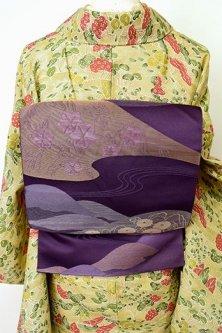 深紫地霞に浮かぶ紅葉や菊花雅やかに美しい名古屋帯