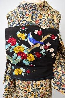 黒地に梅や牡丹と青い鳥の本刺繍美しい名古屋帯