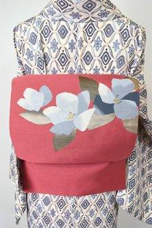 ローズピンクにフラワーモチーフ美しい名古屋帯
