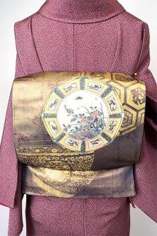 切箔格子重ね濃紺地に九谷の絵皿のような花鳥文様美しい袋帯