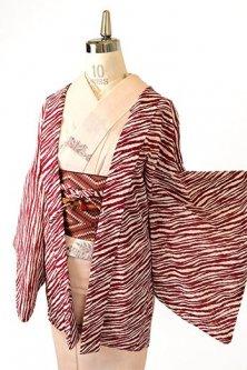 バーガンディールージュのゼブラストライプモダンな化繊薄羽織