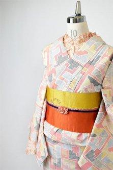 積み木のような幾何学模様ノスタルジックな正絹紬単着物