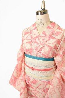 クリーム色と赤の幾何学チェックモダンなサマーウール単着物