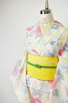 クリーム色にタチアオイのような花ストライプ美しいサマーウール単着物
