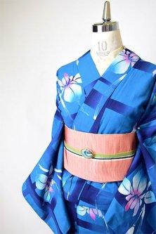 青の格子に燕子花美しい注染レトロ浴衣