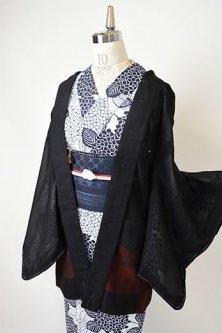 浮雲に薊の花美しい紗の薄羽織