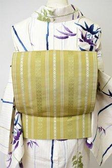 青朽葉色に献上独鈷縞が粋な博多織り名古屋帯