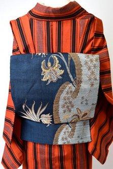 ミッドナイトネイビーにビンテージレースのようなアラベスク美しい正絹紬開き名古屋帯
