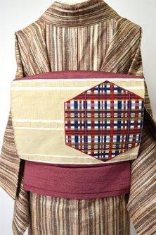 マルーンブラウンにマルチカラーチェックのモダンデザイン正絹紬開き名古屋帯