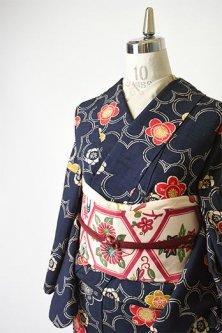 紺色地に夢二好みの梅花重ね愛らしいウール紬袷着物