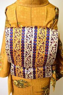 金更紗のようなアラベスクストリライプ染め模様美しい名古屋帯