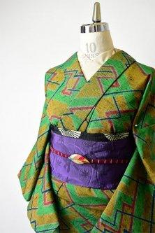 スモークグリーンにミッドセンチュリーファブリックのようなカラフル幾何学モダンなウール単着物