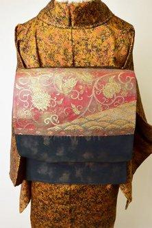 ゴールドミストネイビーにアラベスク美しい袋帯