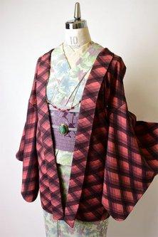 スモークピンクとグレーの水彩チェックモダンな羽織