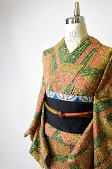 更紗切嵌めロマンチックな正絹紬袷着物