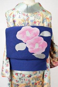 深い青に椿の花美しい綴れ調開き名古屋帯