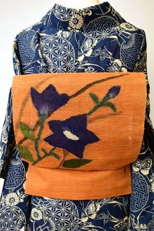 ハニーブラウンオレンジに桔梗の花美しい正絹粗紗の夏帯