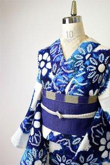 白地に藍と緑美しい本絞り花模様美しいレトロ浴衣