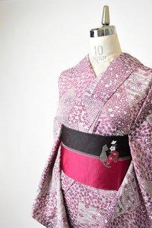 白と浅蘇芳色の四季の草花切嵌め小紋染め模様美しい正絹絽の夏着物