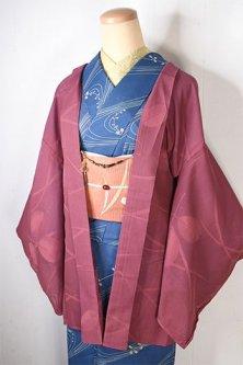 スモークピンクに萩や芒の秋草浮かぶ紗の夏羽織