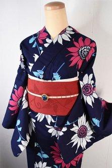 紺色地にレトロワンピースのような赤い花美しい注染レトロ浴衣