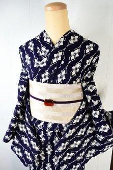 紺地に白の花菱ストライプモダンな縮風変わり綿地注染レトロ浴衣