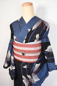 紺と黒の縞に蝶々ひらりと舞う変わり織り先染綿地注染モダン浴衣