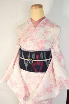 アイボリーにルージュレットのフラワーガーデン美しい夏着物風浴衣
