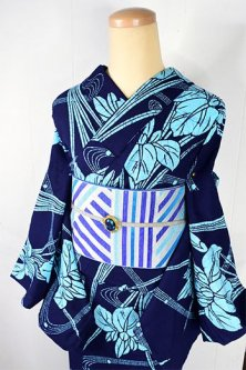 紺色地に氷のような杜若の花美しい注染レトロ浴衣