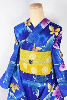 タイダイのような青のぼかし縞に蝶々幻想的な注染レトロ浴衣