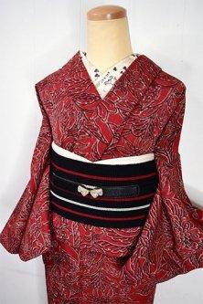 赤と黒のボタニカルデザイン美しいウール紬単着物
