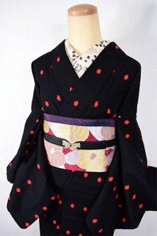 黒と赤の水玉モダンキュートな袷仕立てウール着物
