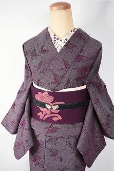 ボルドーカラーに花と葉のロマンチックデザイン美しいウール単着物