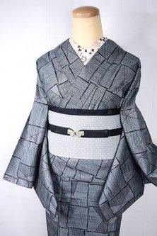 メタリックグレーのジオメトリック・メイズパターンモダンなウール単着物
