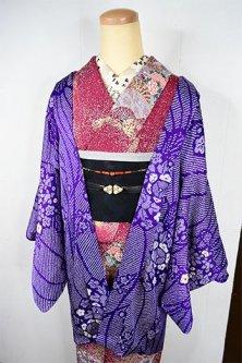 紫に鹿の子模様と花薬玉美しいレトロ羽織