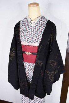 黒の地に大正ロマン折り鶴模様美しいレトロ羽織