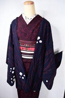 ネイビーブラックにスカーレットラインと本絞り花水玉美しいレトロ羽織