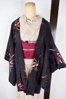 花桐地紋黒地に紅緋の乱菊美しいレトロ羽織