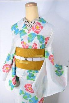 オフホワイトに水彩花模様ロマンチックなモダン浴衣
