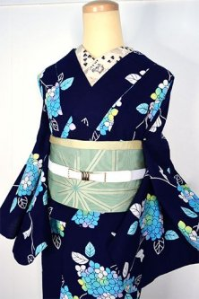 紺色地に青の紫陽花美しい注染レトロ浴衣