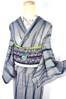 杢グレーにエバーグリーンとネイビーのよろけ縞小粋なサマーウール単着物