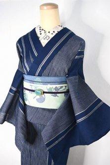 紺の縞涼やかに美しい麻混縮夏着物