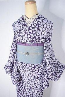 マルベリーパープルフラワー美しい化繊絽の夏着物